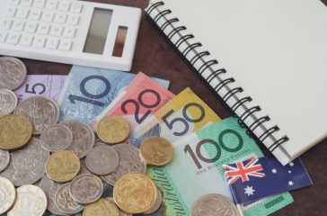 australian-money-aud-calculator-notebook_49149-746