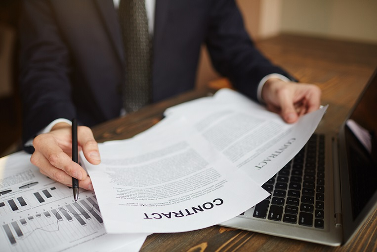 What you can include on contracts of sale